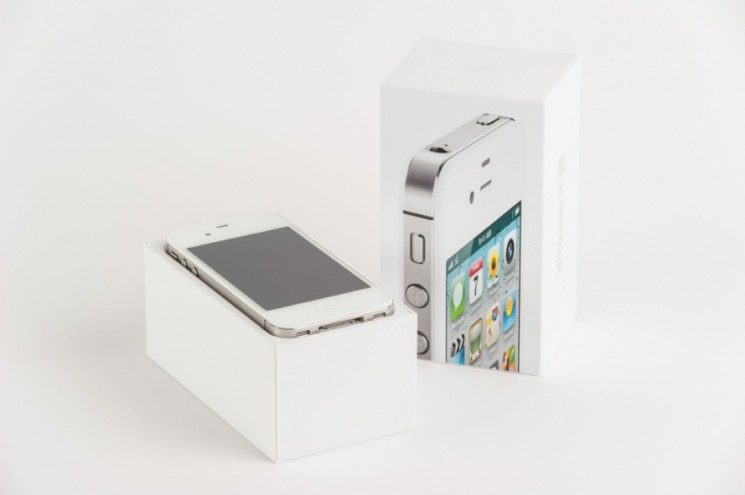 iPhone 4S. Photo: Dominic French.