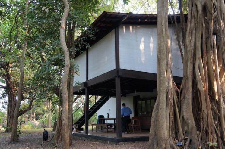 Bijoy Jain of Studio Mumbai's home. Image: ©Francesca Molteni
