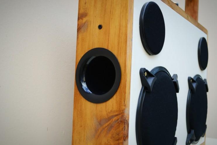 The G4 White Noise design
