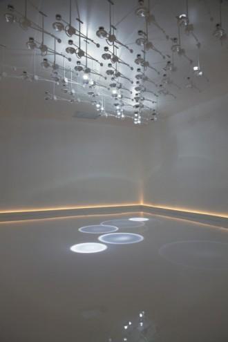 Falling Light. Photo: Troika, 2010.