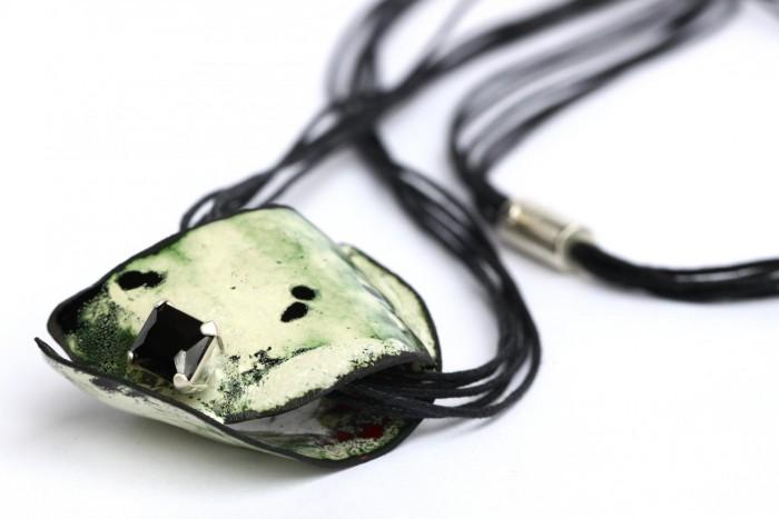Karien van Langelaar - pendant