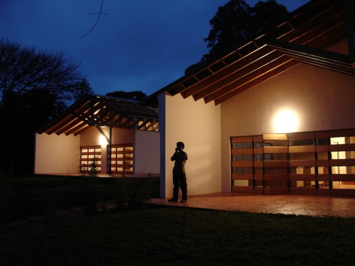 Kyuna Crescent House.
