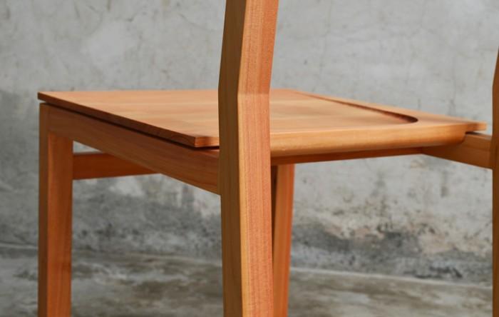 Sledge chair.
