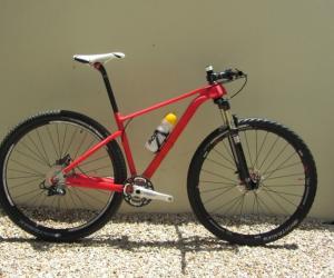 Custom Racing Bikes by Calvin Botha.