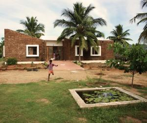 Designed by Made in Earth, a group of humanitarian architects, Vellore House in Tamil Nadu, India, accommodates twenty orphaned children.