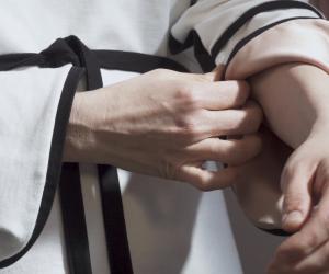 Connextyle rehabilitation garment