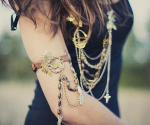 Anomali Jewellery.