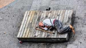 "Gabor Erdelyi - ""Life of a Bench"""