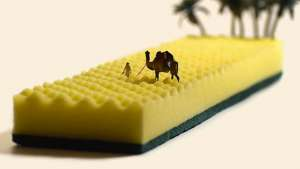 "Tatsuya Tanaka creates pocket-sized scenes of everyday life, on a daily basis for ""Miniature Calendar"", his pet-project"