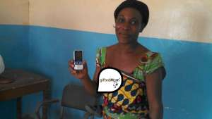 Gifted Mom is a low-tech, m-health platform that aims to reduce the number of deaths of pregnant women and infants in Cameroon. Image: facebook.com/giftedmom
