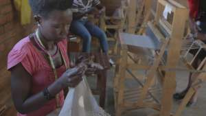 The Isano weavers is a cooperative of skilled weavers based in Kigali, Rwanda. All of its members are in some way affected by HIV/AIDS