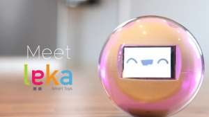 The Leka robot facilitates interaction.