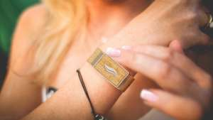 WellBe: An anti-stress bracelet for personalised well-being