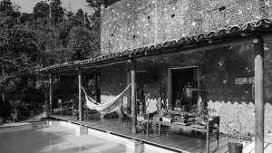 Valéria Cirell House. Image © Pedro Vannucchi | Via ArchDaily