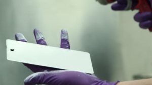 Scientists have developed a glass paint that will keep metal cool