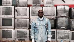 DJ artist Steloo